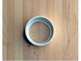 Adapter za postavitev vtičnice v tla